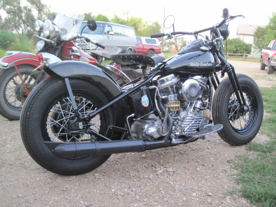 1953 Harley-Davidson Panhead Bobber Right Side
